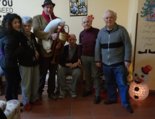 Alla Casa Alloggio di Magliano Sabina le zampogne accompagnano la novena del Natale, in attesa della grande festa con le famiglie, il 20 dicembre.